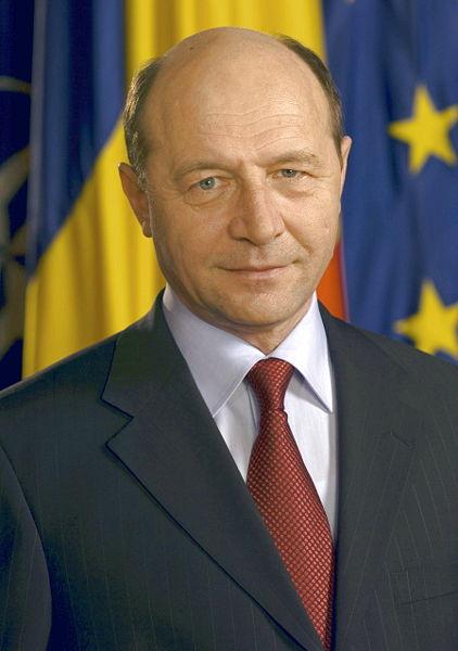 http://www.intelepciune.ro/poze/Traian_Basescu.jpg